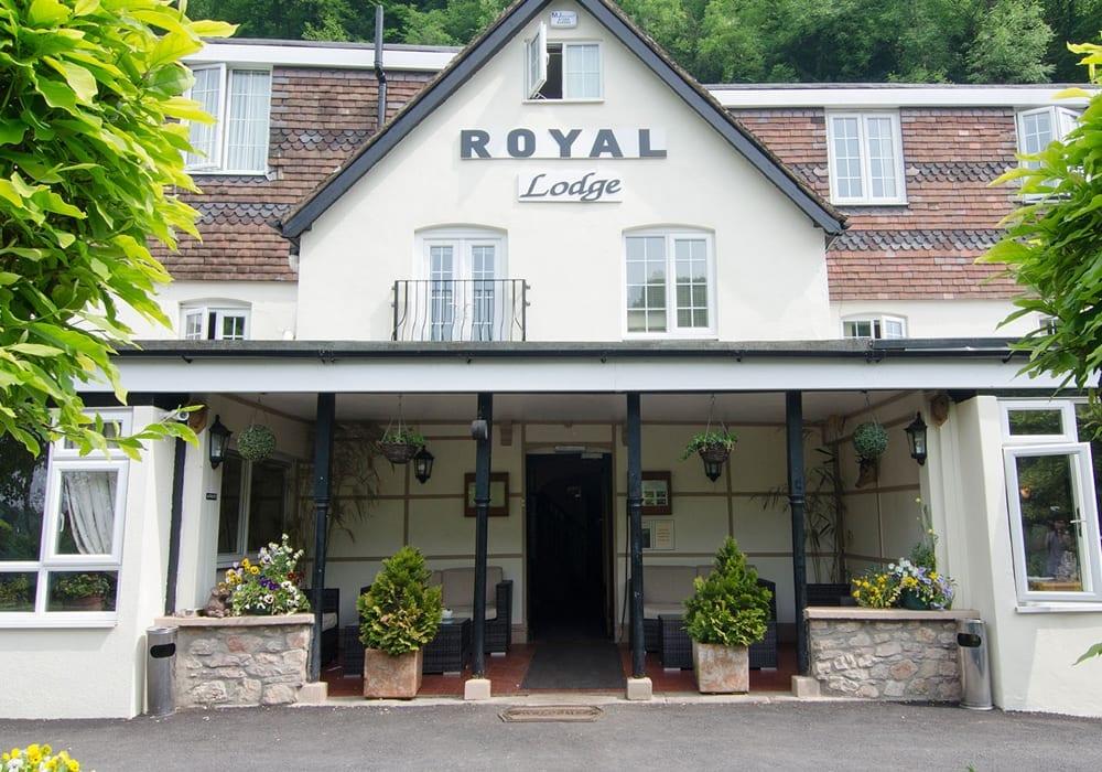 Royal Lodge Riverside