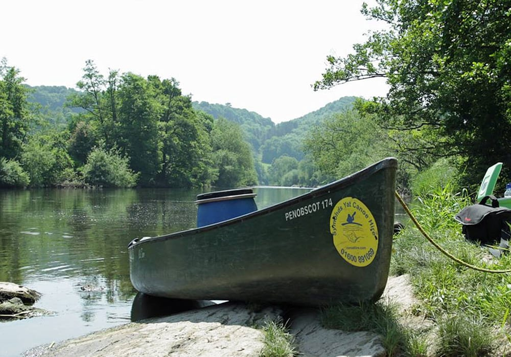 Canoeing Kayaking Stand Up Paddleboarding In Herefordshire Symonds Yat Canoe Hire