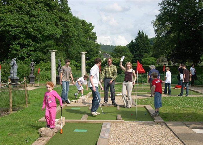 Matrix Miniature Golf In Herefordshire