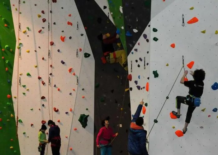 Green Spider Indoor Climbing, Bouldering