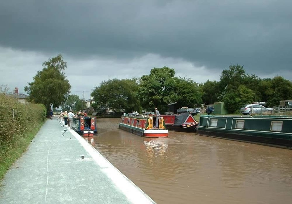 Canal Side Caravan And Campsite Shropshire