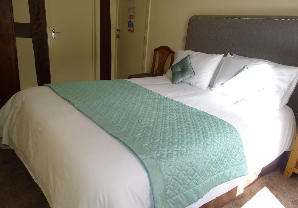 Ellesmere Hotel Accommodation