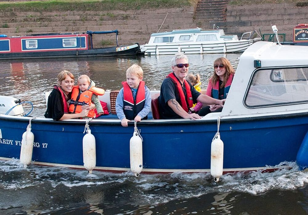 Severn Expeditions Day Boat Hire