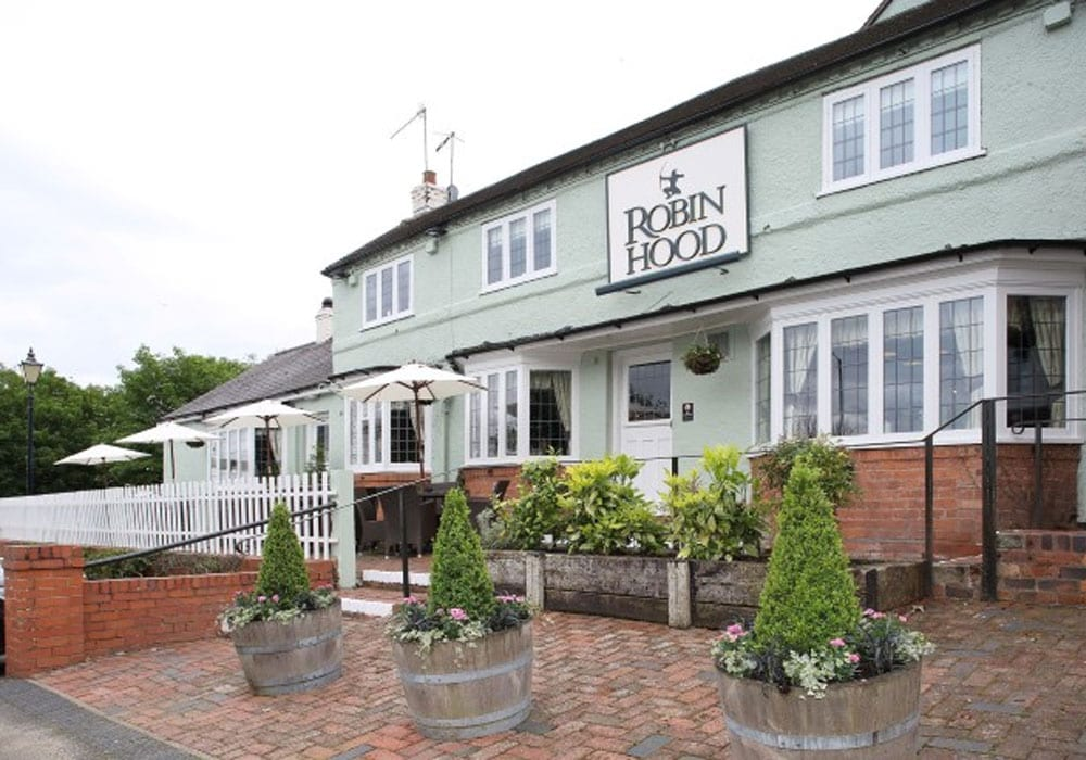 Robin Hood Pub And Restaurant